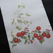 こちらも時を経て熟成した帯です。_紅白菊の蕊に金スガ縫いを入れました。_小さな場