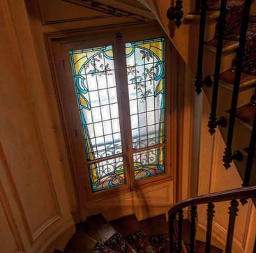 Restauration vitraux Art Nouveau Cage d'escalier Paris 12