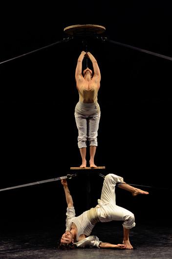 Fihizhká Ganador de Residencia en La casa del circo contemporáneo, Región Piemonte y Mibac, Italia