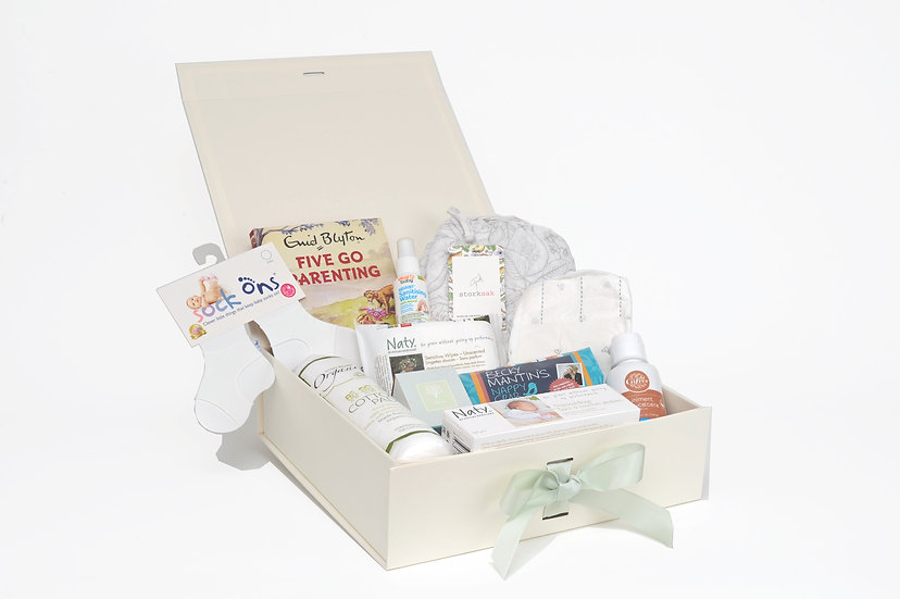 The Dreamland Tree Maple Box of gifts for new parents