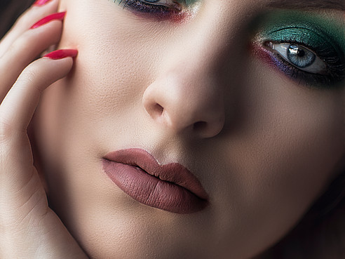 Emerald Dream   Colourful Makeup