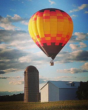 balloon over barn.jpg