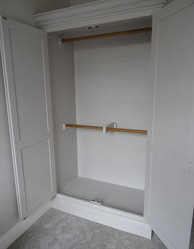 Shaker wardrobe Alan Nisbet Bespoke Furniture