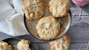 עוגיות חורסאן (קמוט) עם שוקולד לבן ומקדמיה