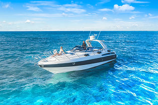 Impeccable luxury on a Aqua Watersports boat charter