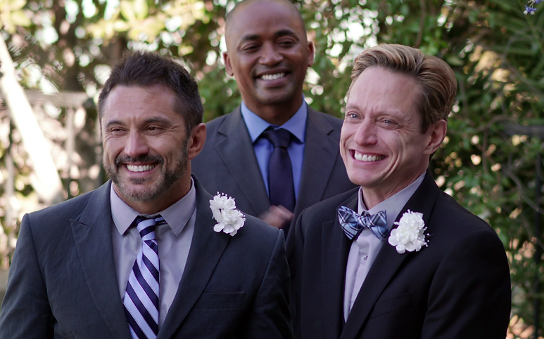 wedding 3some.png