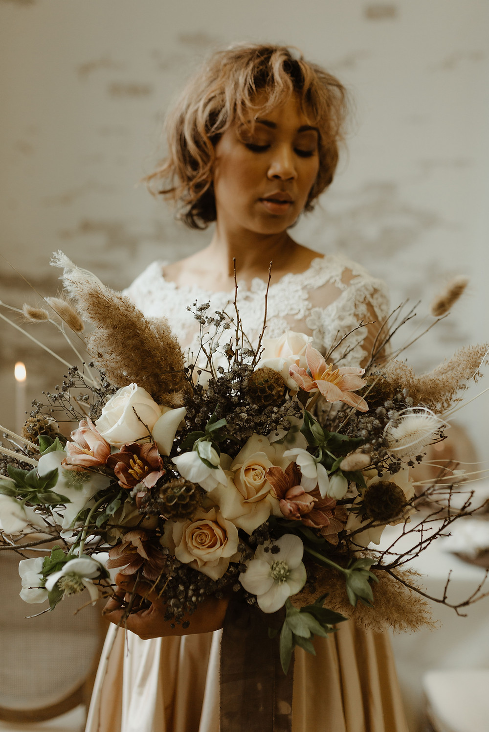 Earthy styled wedding at The Wade Studio in Toronto, Ontario. Photo by Sam Wilde Photography