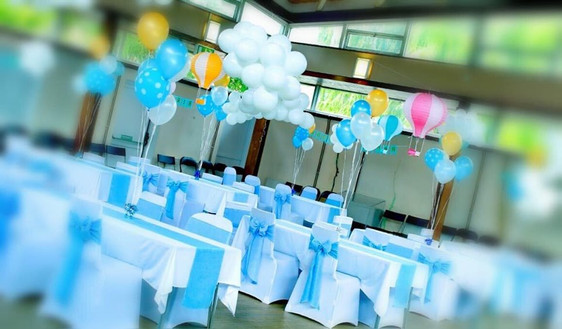 Blue Linen Bows & Table Runners