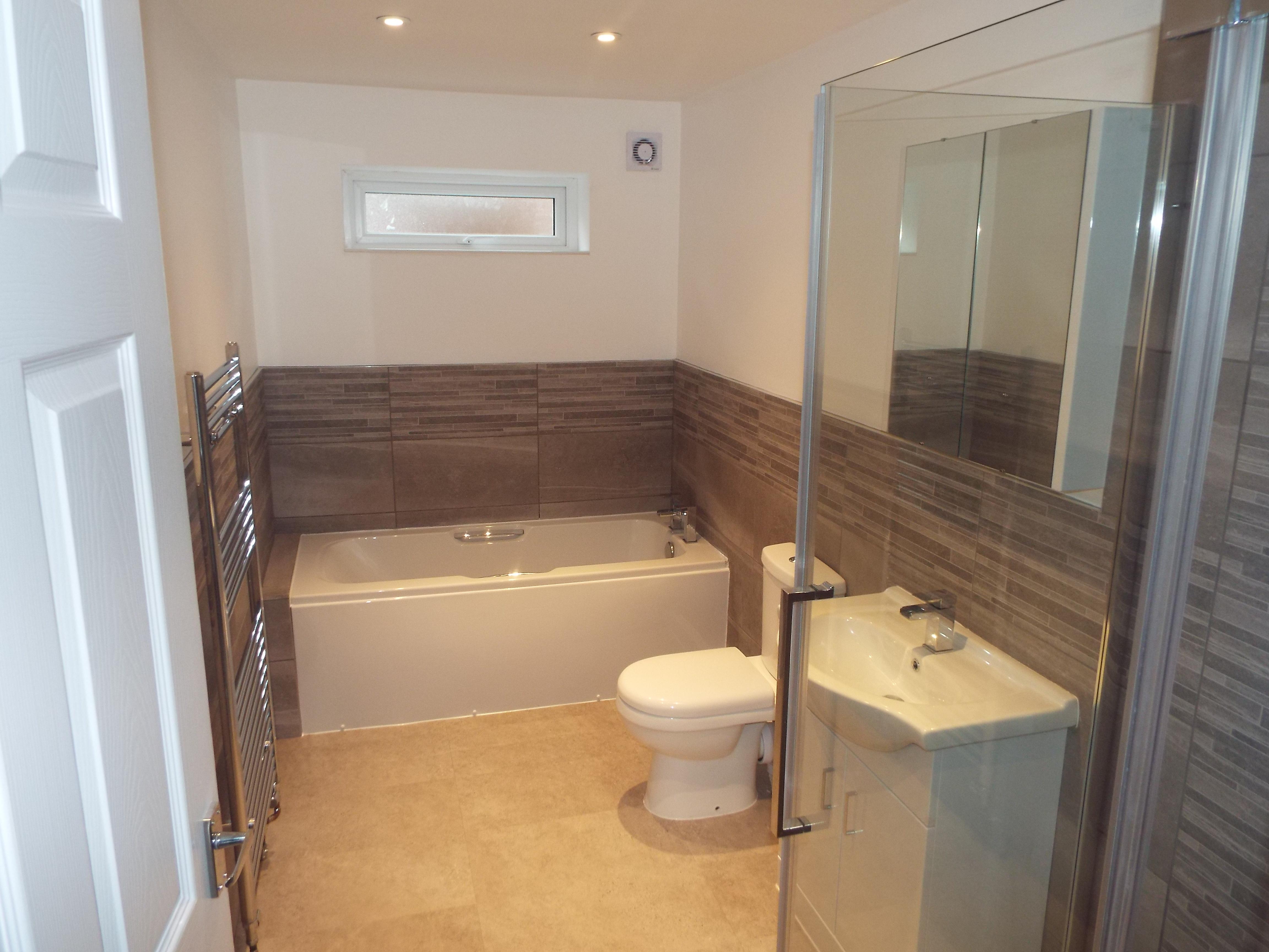 Abbeyville bathroom