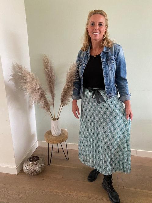 Mooie ijsblauwe rok met print
