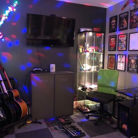 The studio comes alive!
