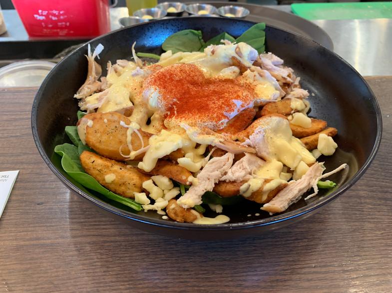 OEB - Pulled Chicken Breakfast Poutine
