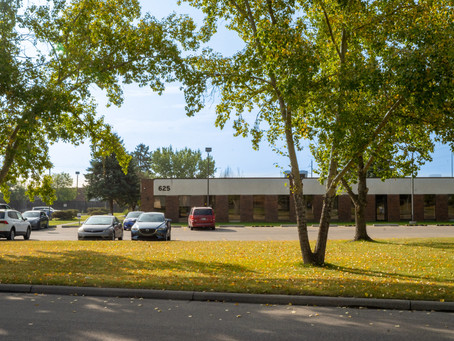 Office/Flex Unit, 625 42 Ave NE, Building B