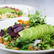 Vegan Quinoa + Avocado Powerbowl