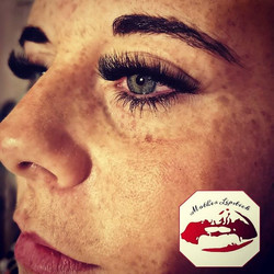 Lashes for days!__Contact me to book now
