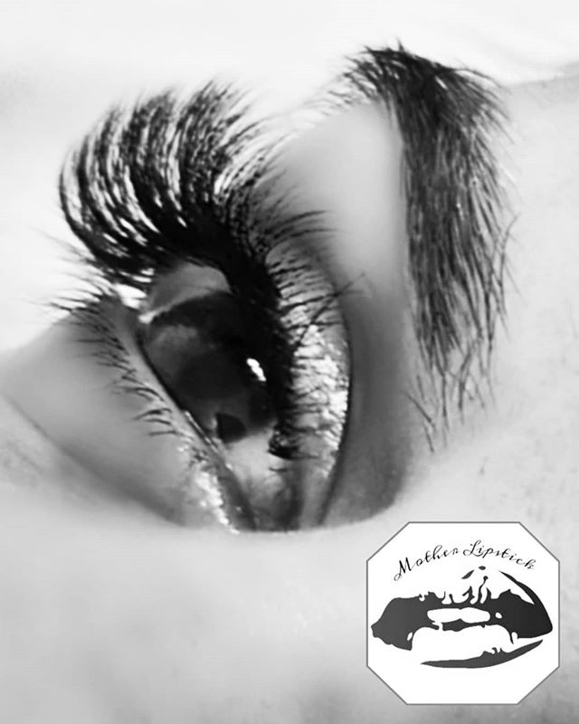 Lashings of lashes!!! 💕 💞 😍 💕 💞__Co