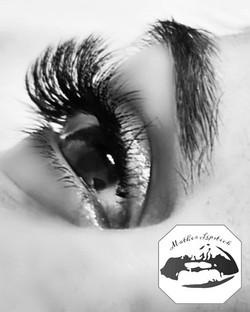 Lashings of lashes!!! 💕 💞 😍 💕 💞__Co