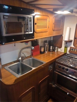 Galley with double deep sinks