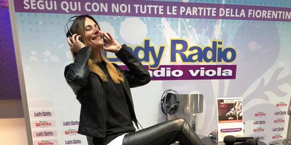 Conduttrice Lady Radio