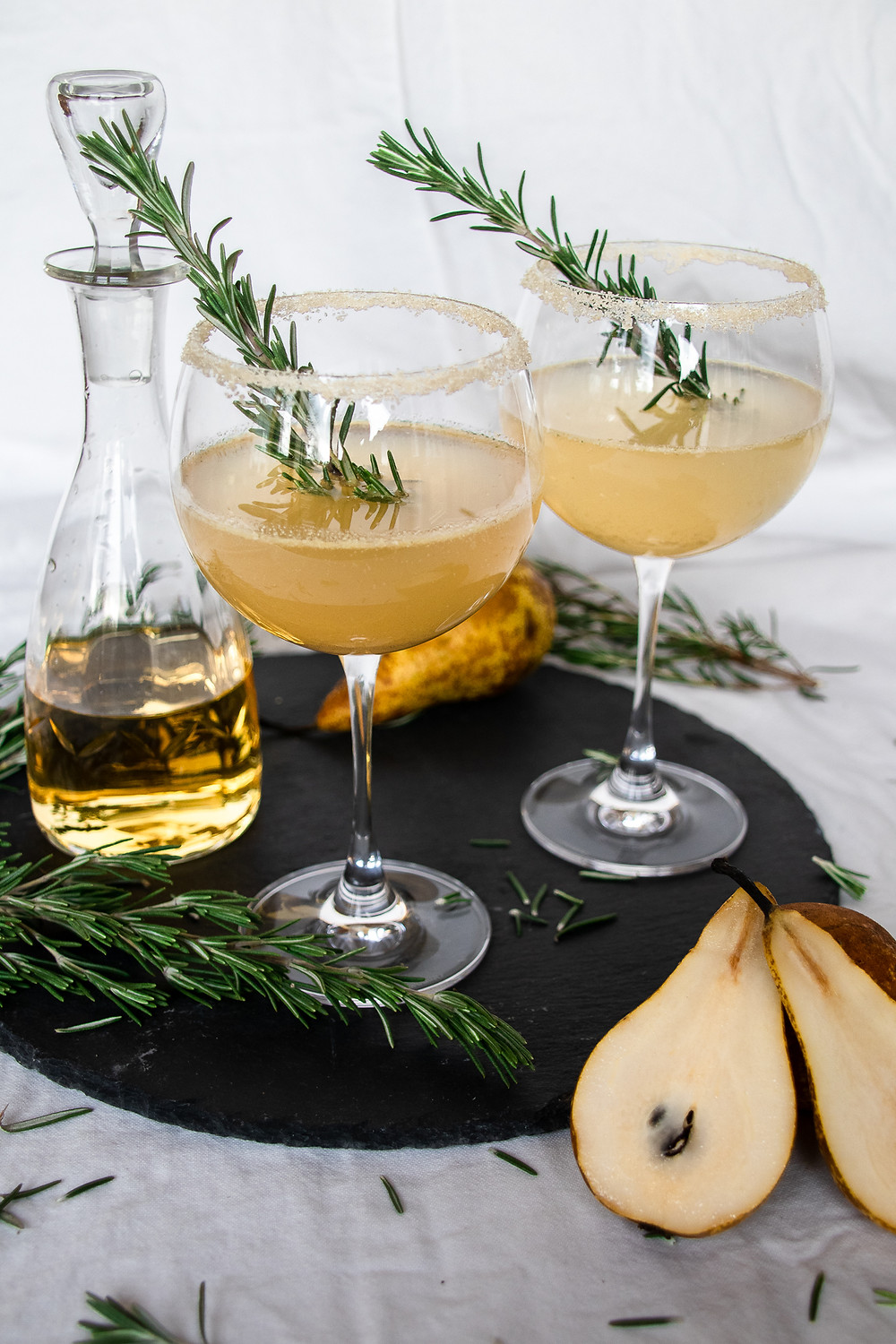 Winter-Aperitif-Weihnachten-Silvester-Birnen-Cocktail