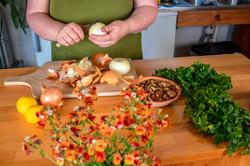 Kenner-Küche-zwiebeln-schälen.jpg