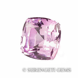 Spinelle                                   0,68 ct