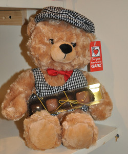 Reggie Bear w/Golden Quattro