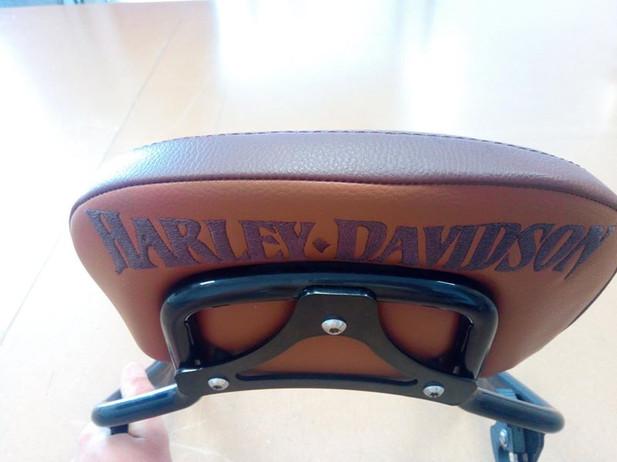 dossier selle Harley Davidson