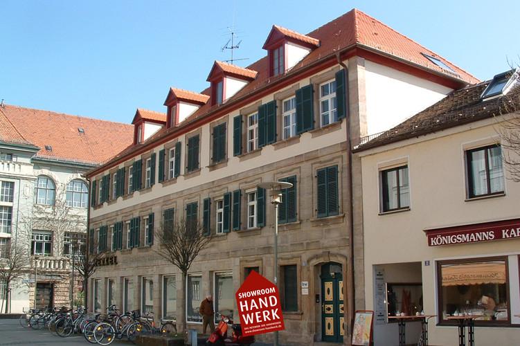 Fassade mit Beige.jpg