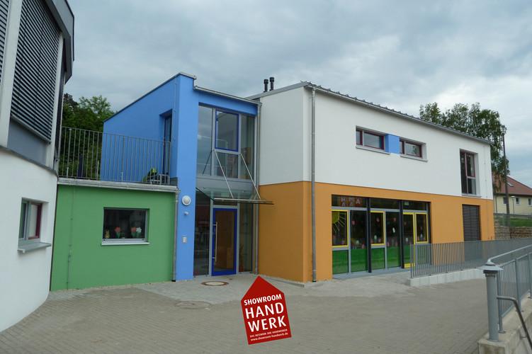 Bunter Kindergarten.jpg