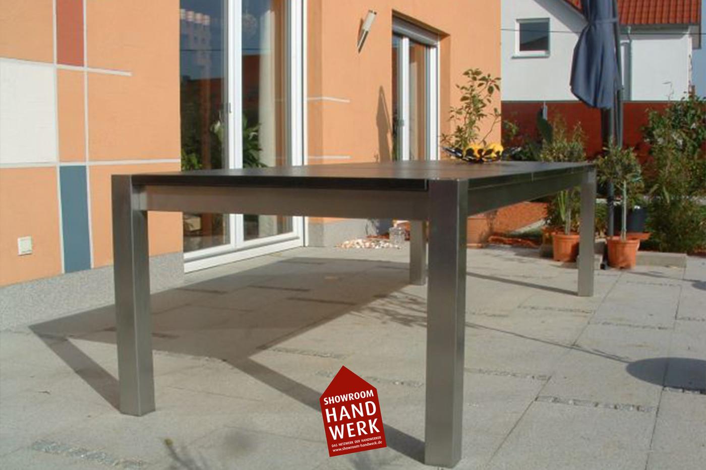 Garten Tisch.jpg