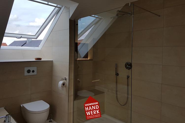Badezimmer Fließen mit weiß.jpg