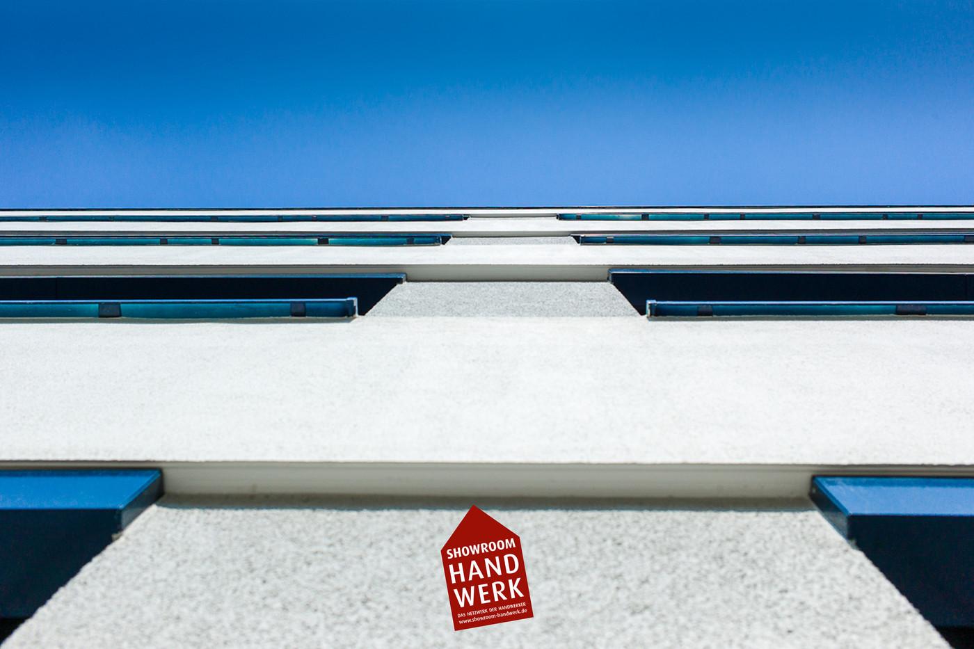 Fassade Grau-Weiß.jpg