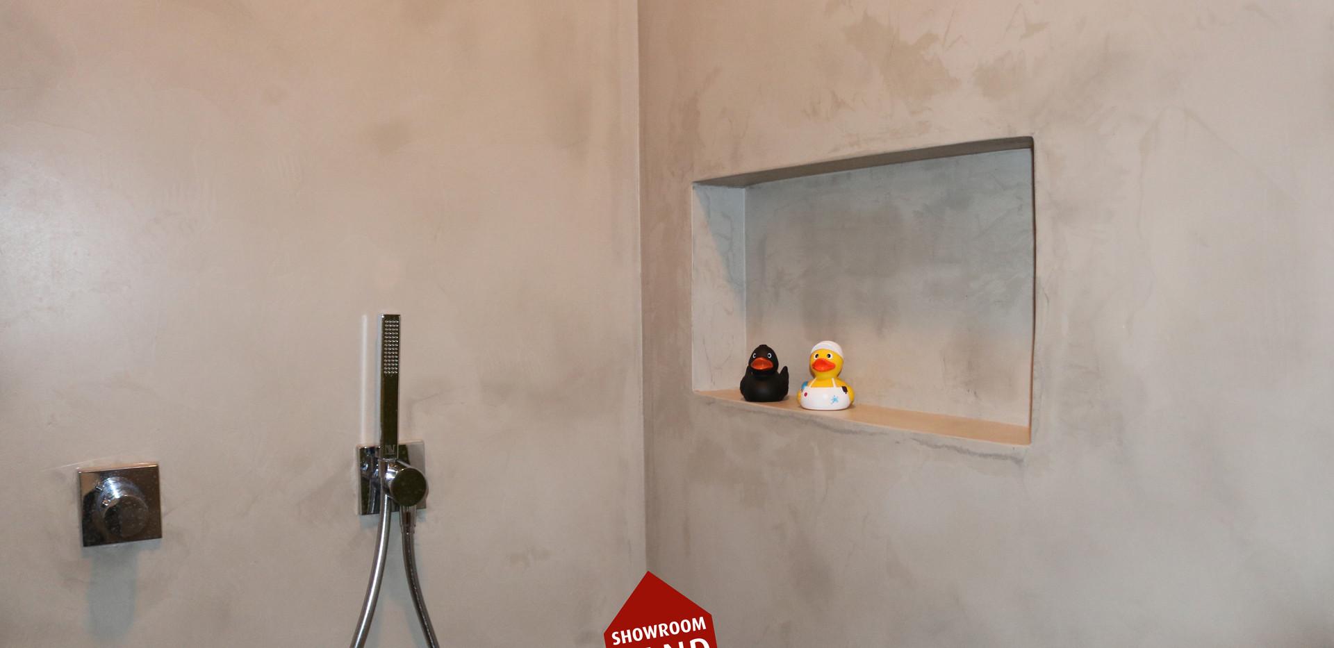 Fugenlose Dusche im Badezimmer