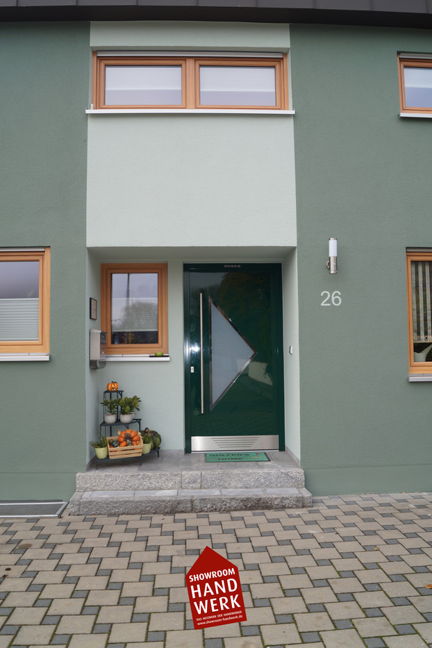 Eingang Grün.jpg