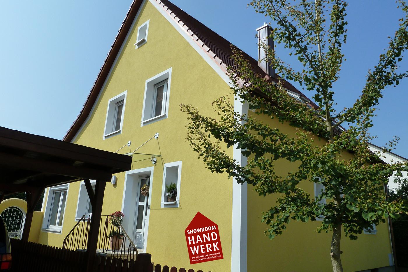 Gelbe Fassade.jpg