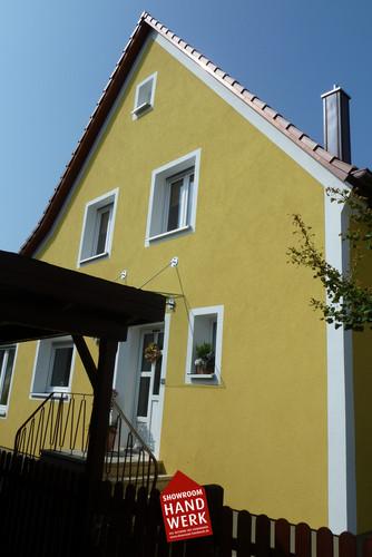 Fassade in Gelb.jpg