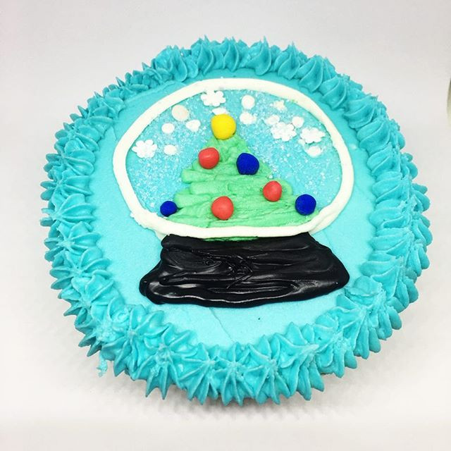 Snow Globe 90 Second Cake Design
