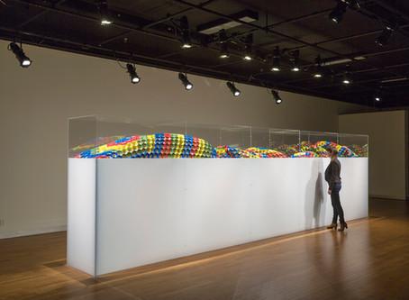 Plastique / Fabrication d'une vitrine d'exposition de musée en acrylique