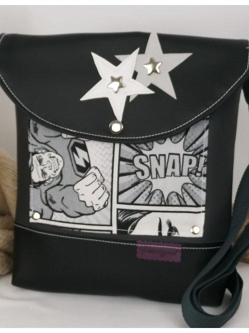 schwarze Handtasche für coole Frauen
