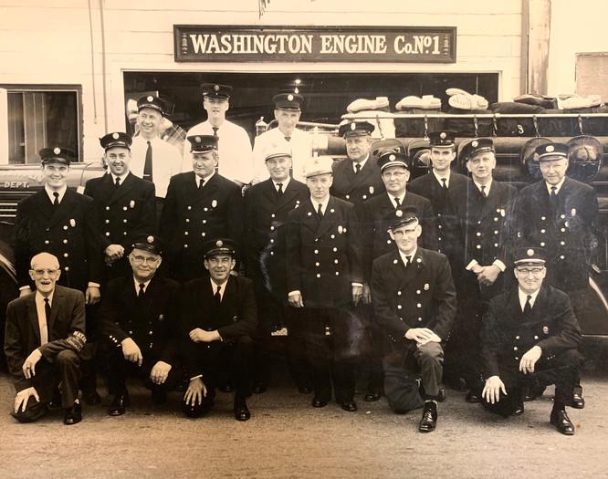 WashingtonEngine-Firemen3.jpg