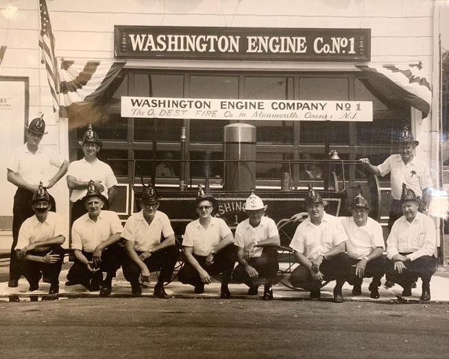 WashingtonEngine-Firemen1.jpg
