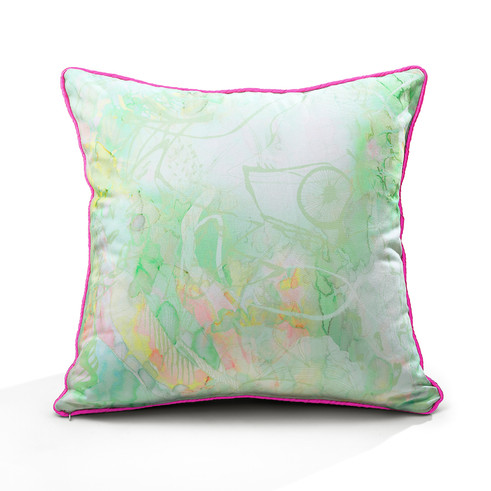 Staring Flowers piping cushion (apple green)