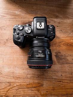 Canon R6 Kamera und Objektiv 50 mm