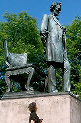 Lincoln statue in Chicago