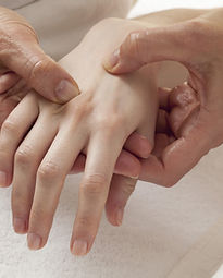 massaggio del punto di pressione 2