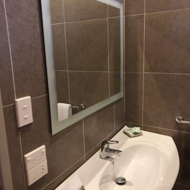 Bathroom option 1.jpg