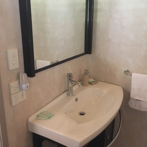 Bathroom option 4.jpg