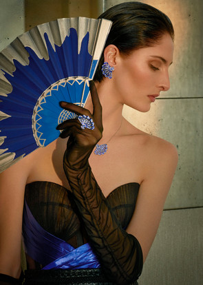 Model for fanfare Syphony House of Garrard with Silver Lapis Fan Image courtesy of Damian Foxe