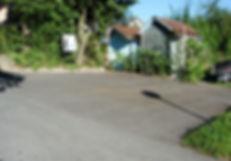 wohlum in Mettmensetten, zwei Parkplätze unterhalb vom Eingang (Richtung Knonau)